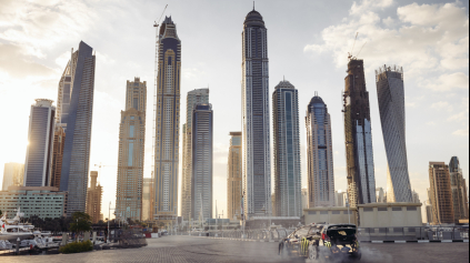 Je tu Gymkhana 8. Ken Block blbne na Fieste v Dubaji