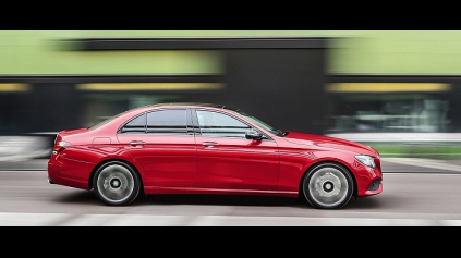 Prvá jazda: Mercedes-Benz E 220d sedan W213
