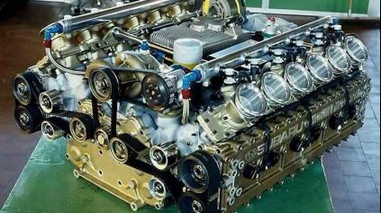 PREKLIATY MOTOR SUBARU PRE F1 MAL POHÁŇAŤ KOENIGSEGG