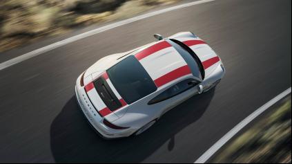 Ženeva 2016: 911 R je nové Porsche podľa starého receptu