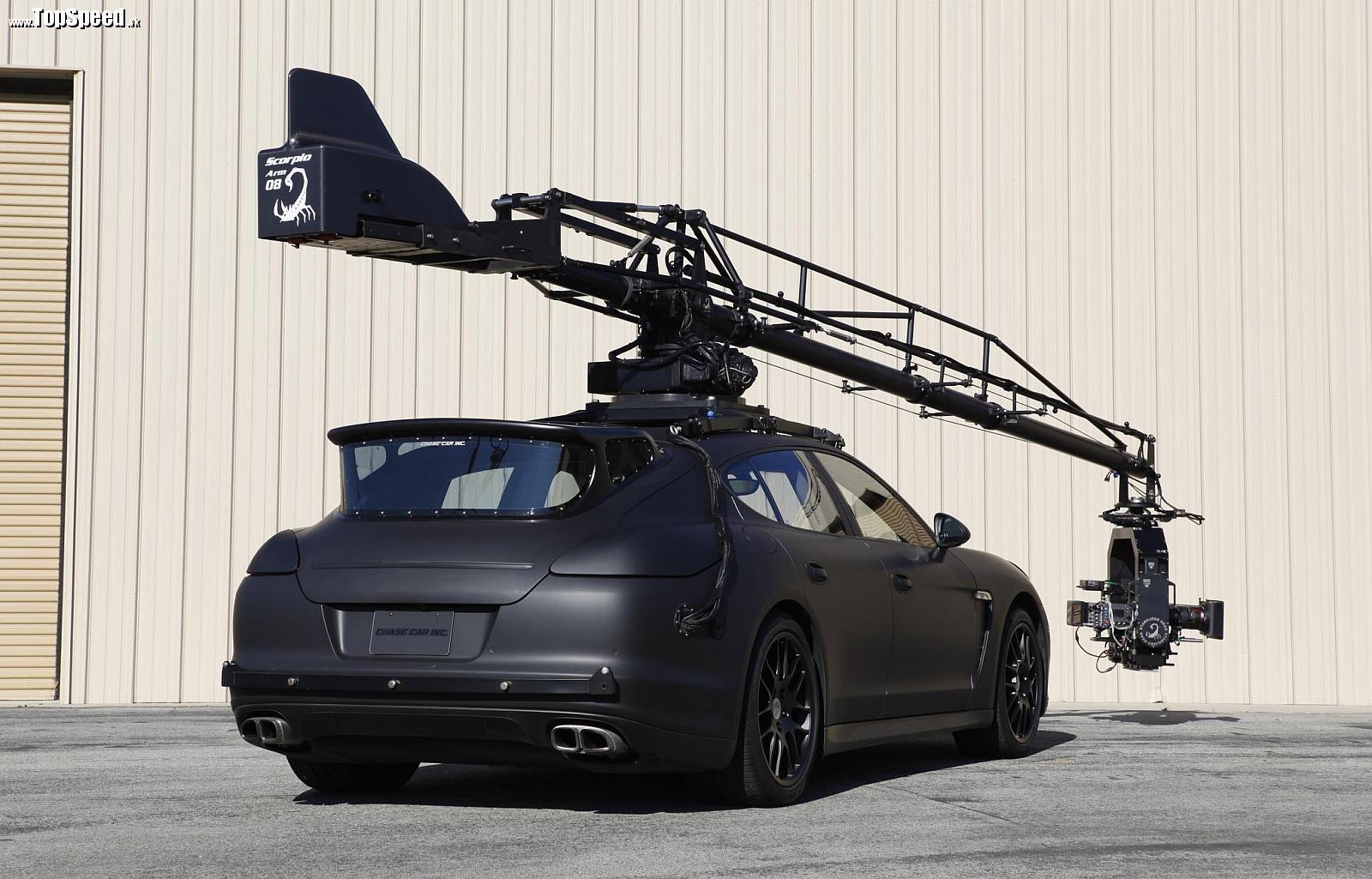 Porsche Panamera Turbo v podaní Chase Car Inc.