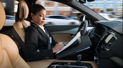 Volvo prinesie lepší autonómny systém než Tesla už v roku 2017