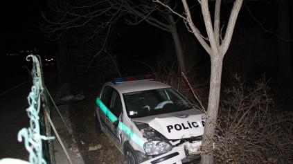 Českí policajti majú špeciálne vodičské kurzy. Ako to je u nás?