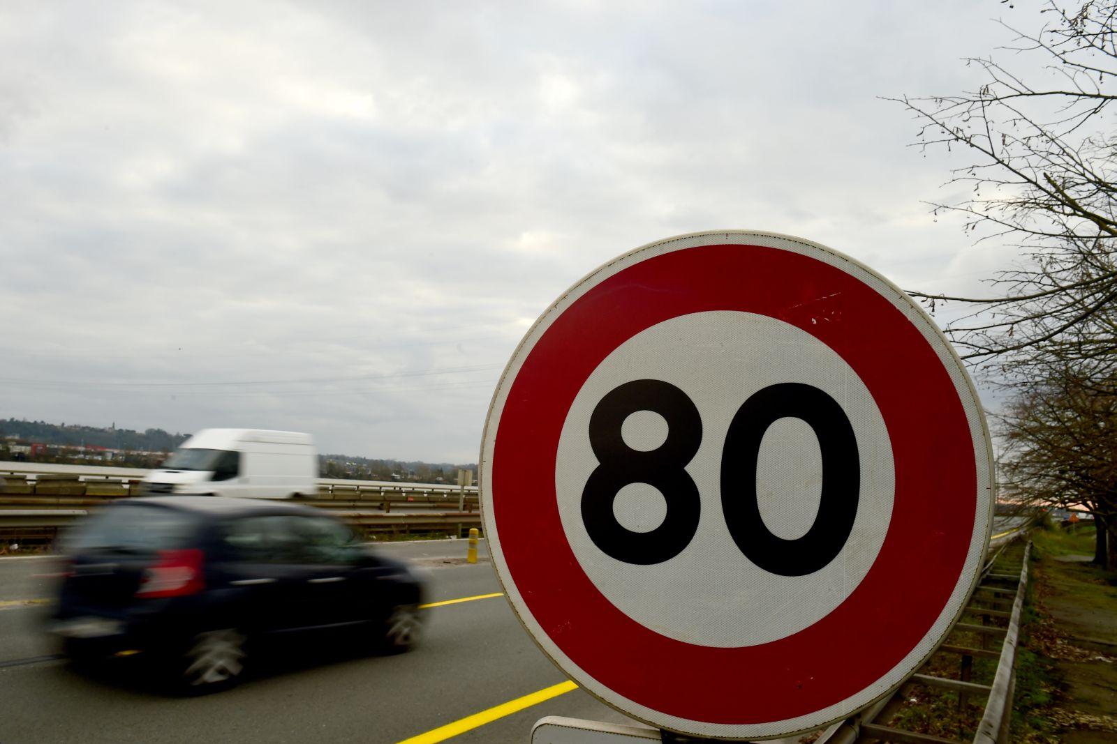 Francúzi už zaviedli 80 km h mimo obce! Maximálna povolená rýchlosť ... 6a7e95d3a7a
