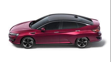 Honda Clarity Fuel Cell je elektro auto s najväčším dojazdom