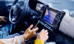EÚ nariadi autám povinné digitálne autorádio. A nielen to!