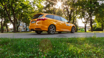 TEST: FORD FOCUS ST COMBI