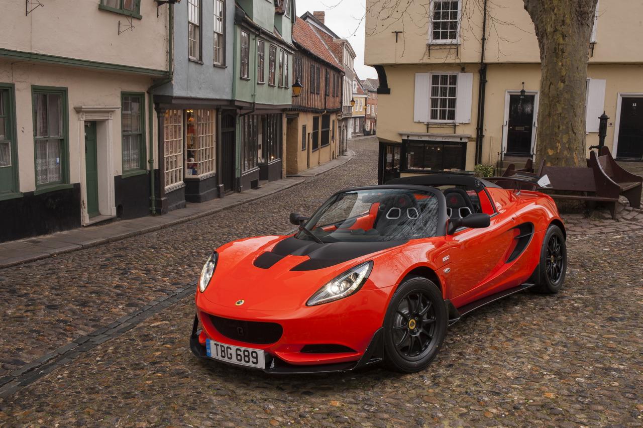 Lotus chystá nové modely nevylučuje ani SUV