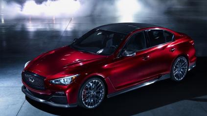Infiniti Q50 Eau Rouge má motor z GT-R. Pôjde do výroby?