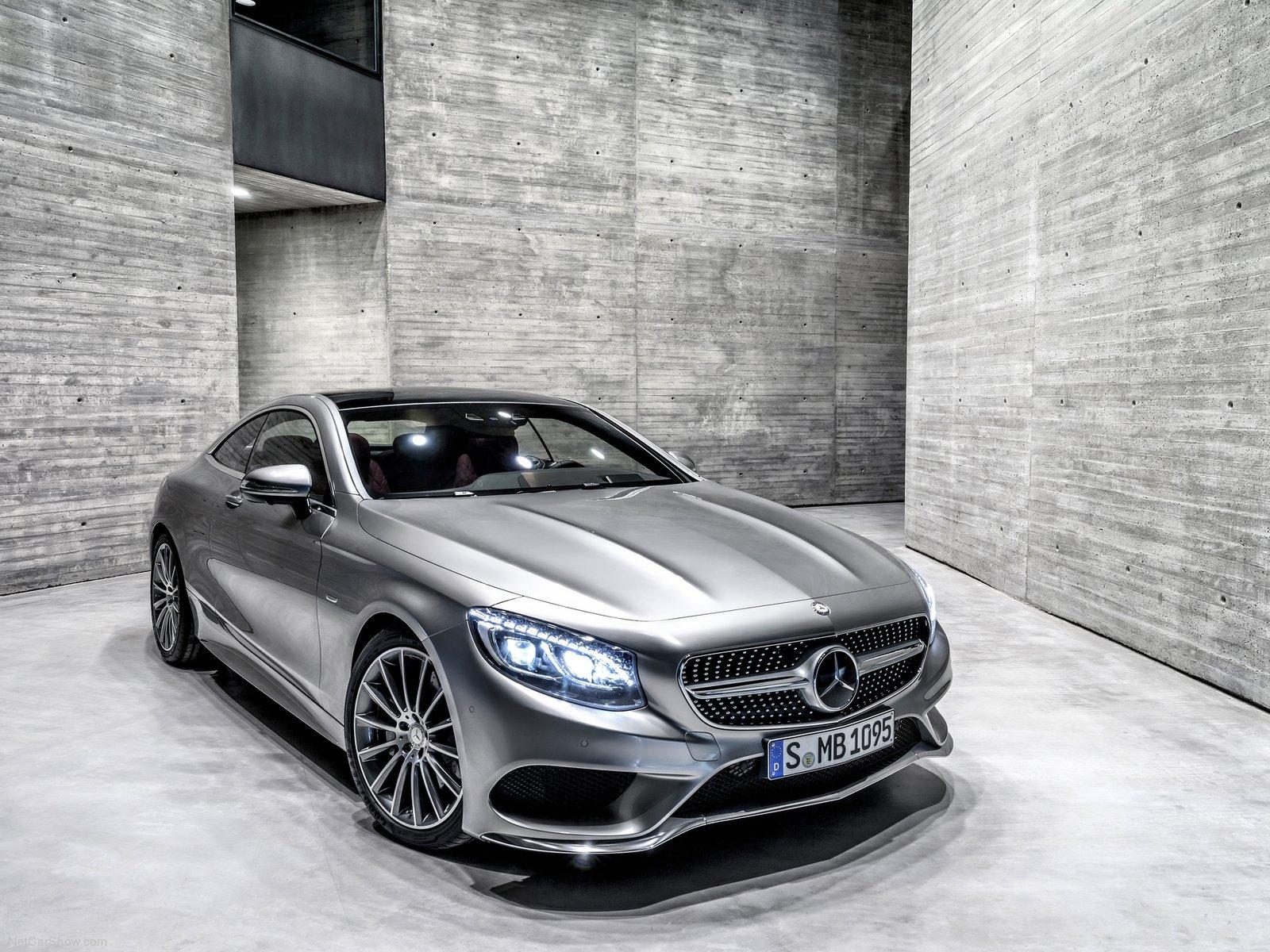 luxusnym autom roka 2015 je Mercedes S coupe