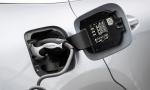 Elektromobilita je budúcnosť, chvíľu to však ešte potrvá, hovorí bývalý šéf Mercedesu Dieter Zetsche