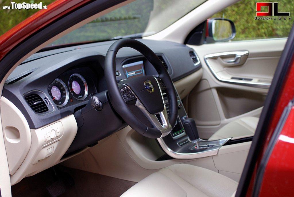 Volvo S60 vie mať skutočne luxusný interiér