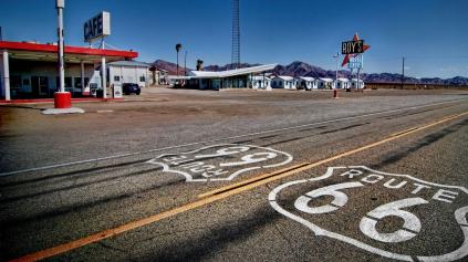 Ako to, že v USA jazdia na 91 oktánový benzín?