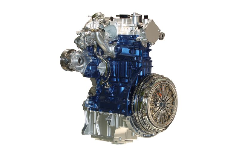 international-engine-of-the-year-2013