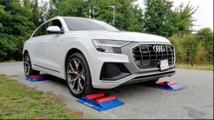 Audi Q8 4x4 test inteligencie pohonu