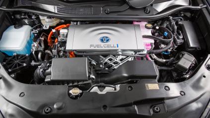 Toyota uvoľnila 5 680 patentov! Chce rozšíriť palivové články.