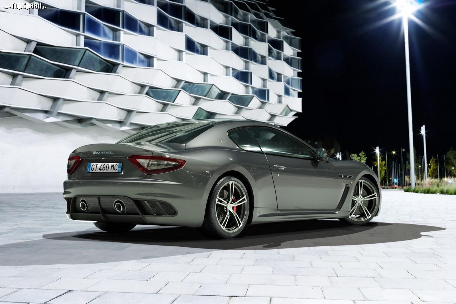 Pod kapotou ostáva všetko po starom. Maserati si veľa práce nedalo.