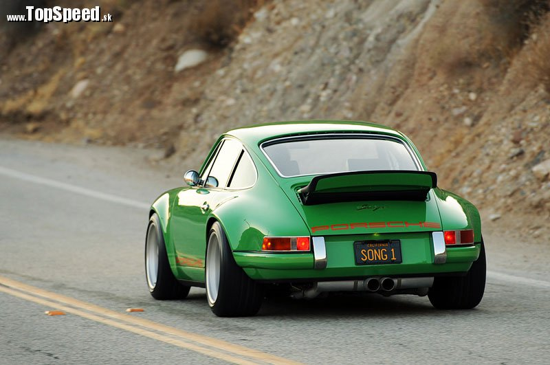 Singer-911-back-view