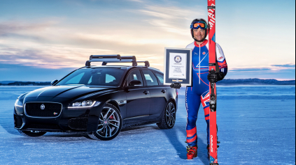 Jaguar má svetový rekord, najrýchlejšie ťahaný lyžiar pri 190 km/h