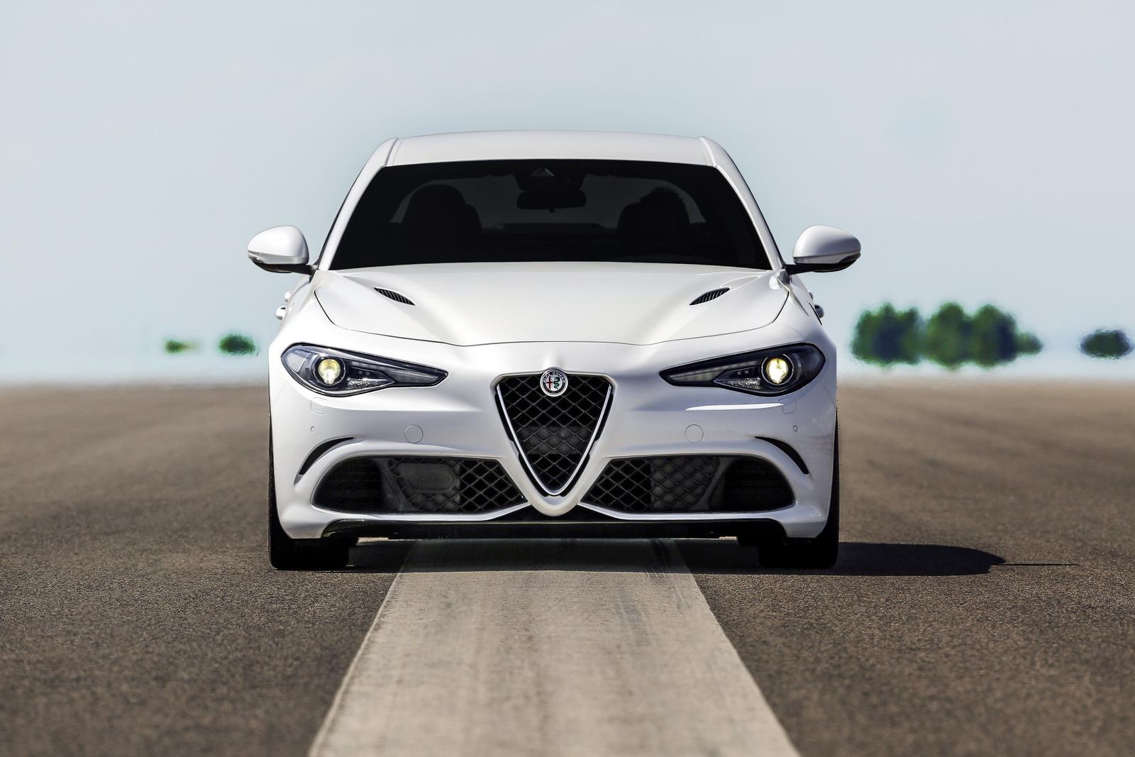 Alfa Giulia hybrid bude vraj kupé s 641 k