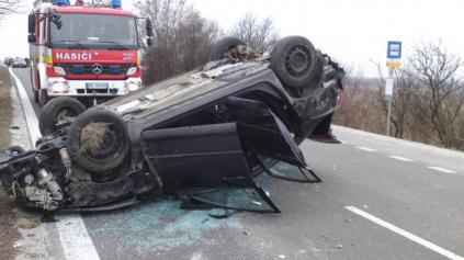Nehodovosť v roku 2018 na Slovensku klesla. Čo je za tým?
