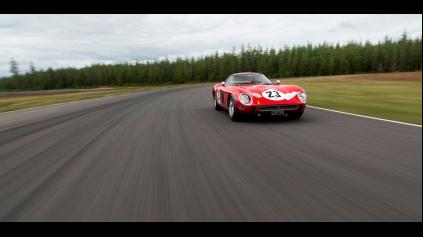 FERRARI 250 GTO JE DRAHŠIE AKO KEBY HO VYVÁŽILI ZLATOM