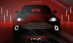 SUV Aston Martin DBX schovávajú v novom videu v tme