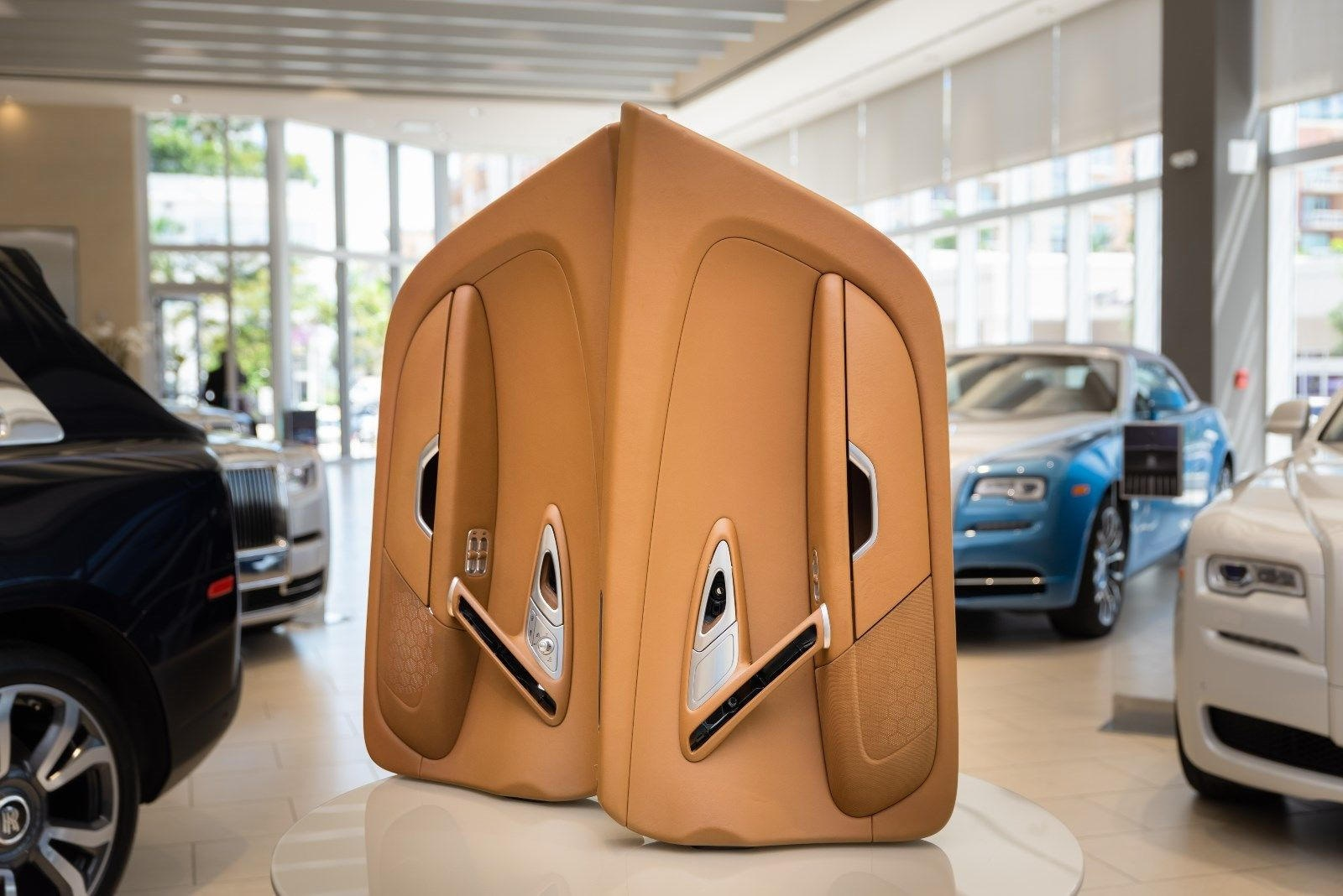Bugatti Veyron má interiér drahší ako vaše auto