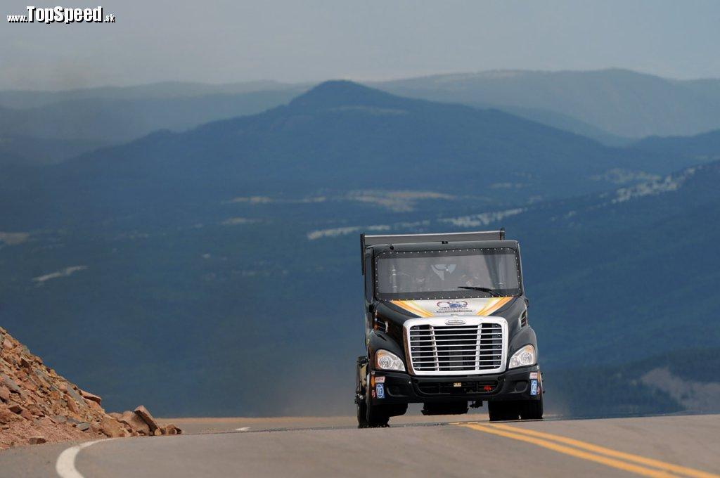 Freightliner Cascadia na Pikes Peak