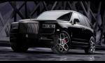 Černejší a výkonnejší. Prichádza Rolls-Royce Cullinan Black Badge