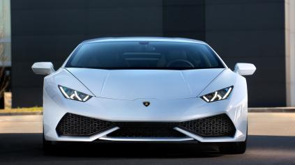 Hurikán na trati! Takto reve motor V10 z Lamborghini Huracan.