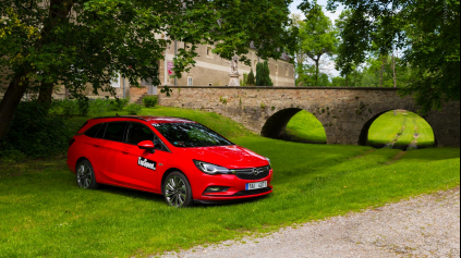 TEST OPEL ASTRA ST 1,6I TURBO