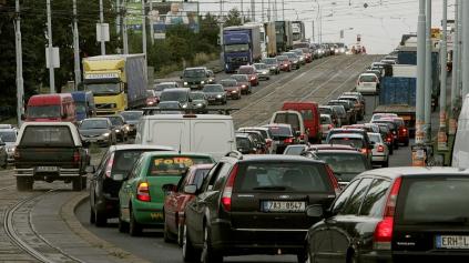 Už sa to blíži! Praha dá zákaz vjazdu starým autám do centra pre lepší vzduch