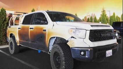 Toyota Tundra zachránila majiteľa pred požiarom. Toyota mu dá novú