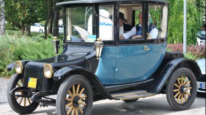 ROZHOVOR: Ako fungoval elektromobil pred 100 rokmi?