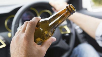 Nepoučiteľní Slováci. Za volant sadajú opití!