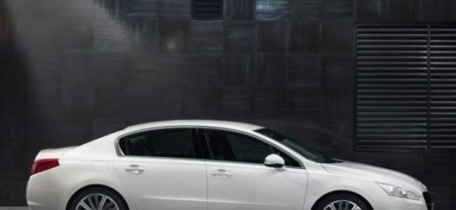Peugeot 508 pohľad z boku