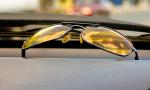 Vedci zisťovali, či pomáhajú žlté okuliare jazde v noci