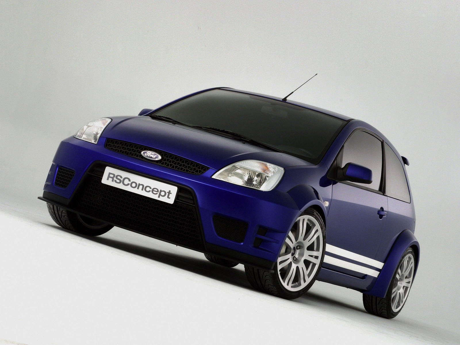 2004 Ford Fiesa RS Concept