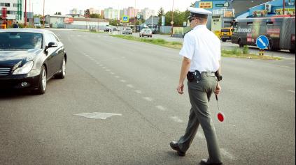Polícia počas sviatkov posilní hliadky na celom Slovensku