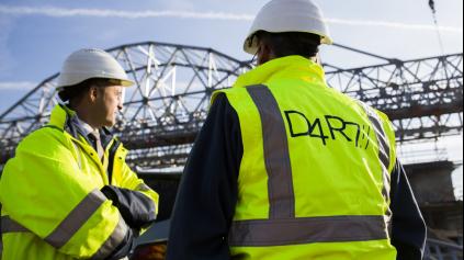 Potvrdené podozrenia! D4/R7 diaľnicu stavajú z odpadu!