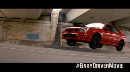 FILM BABY DRIVER SĽUBUJE TUČNÚ AUTO-AKČNÚ ZÁBAVU