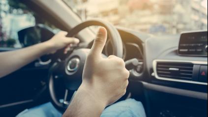 Najčastejšie šoférske zlozvyky a ako si šetriť auto