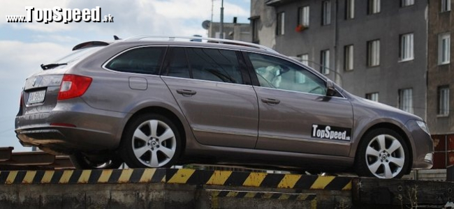 Test: Škoda Superb Combi 2.0 TDI