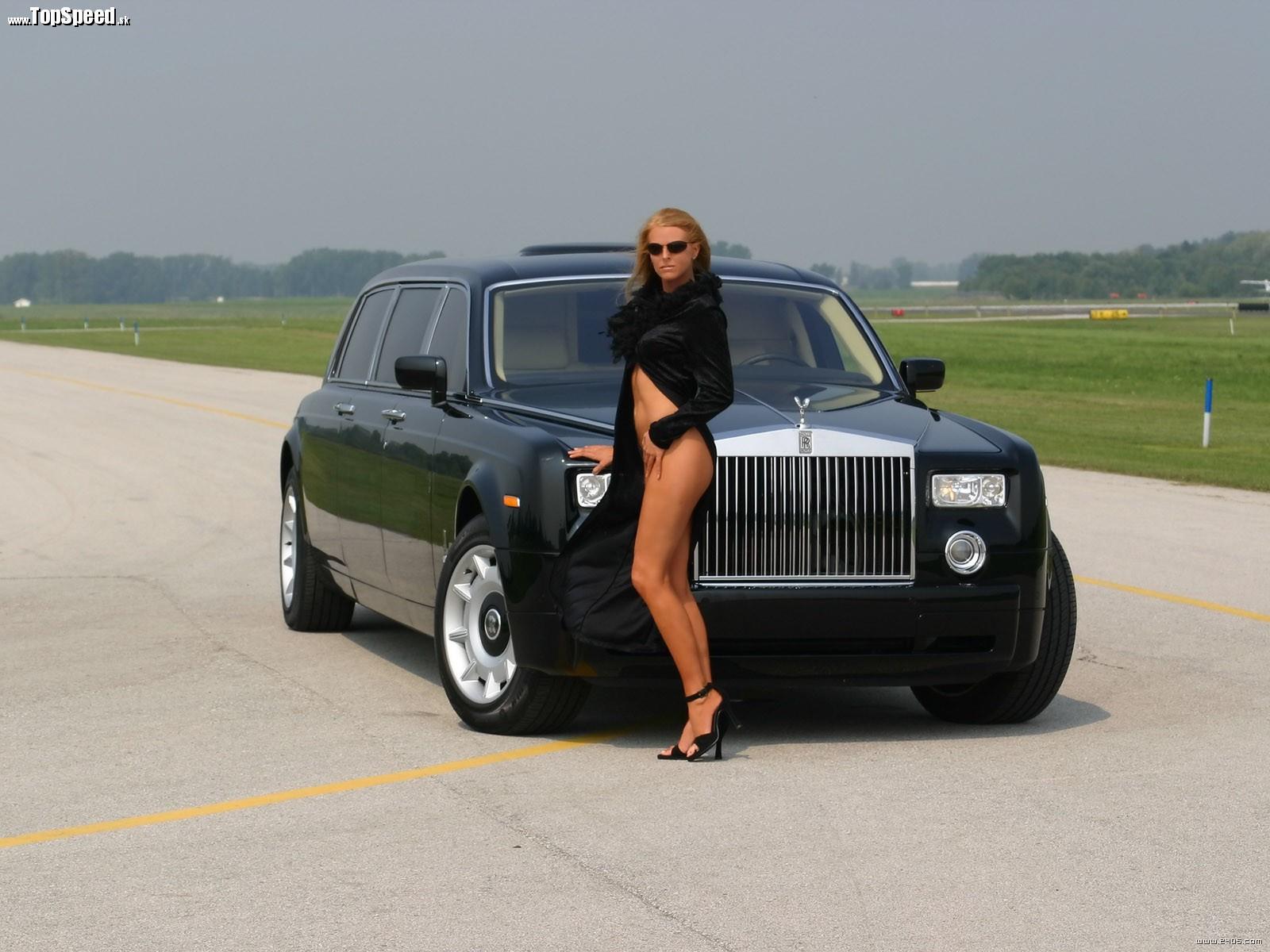 Rolls Royce má svoju bohatú klientelu stále väčšiu a väčšiu.