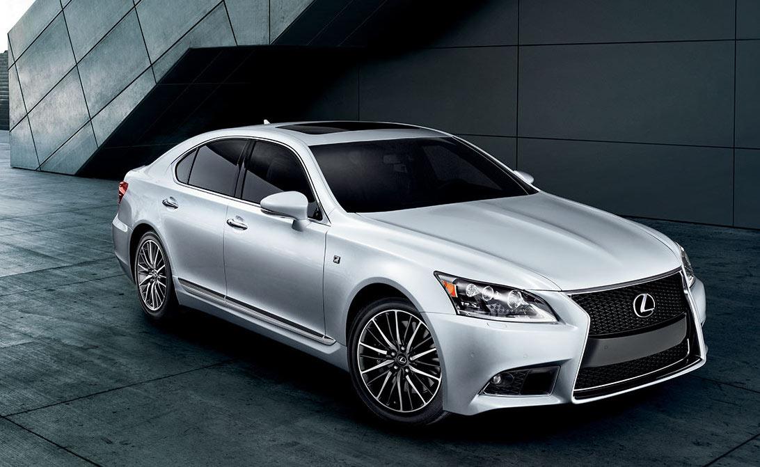 Lexus LS si v roku 2016 kúpil len jeden slovák