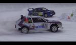 Lancia Delta predvádza drifty na snehu. Ide to skvele