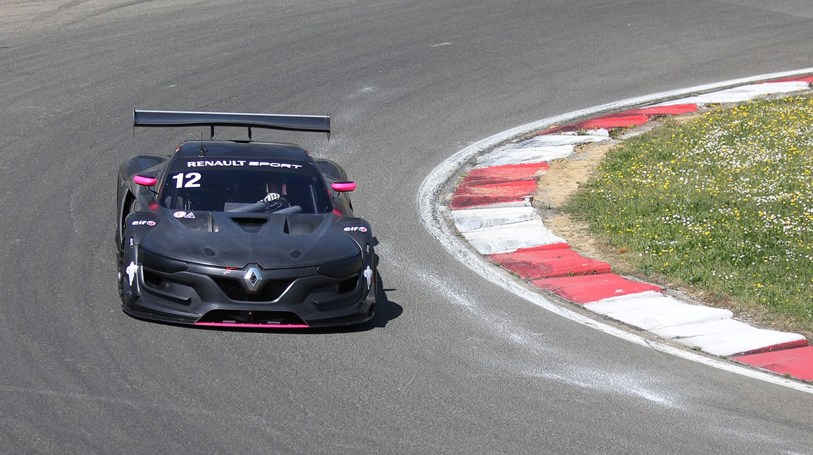 Riso Gonda v sezone 2015 v Renault R.S.01