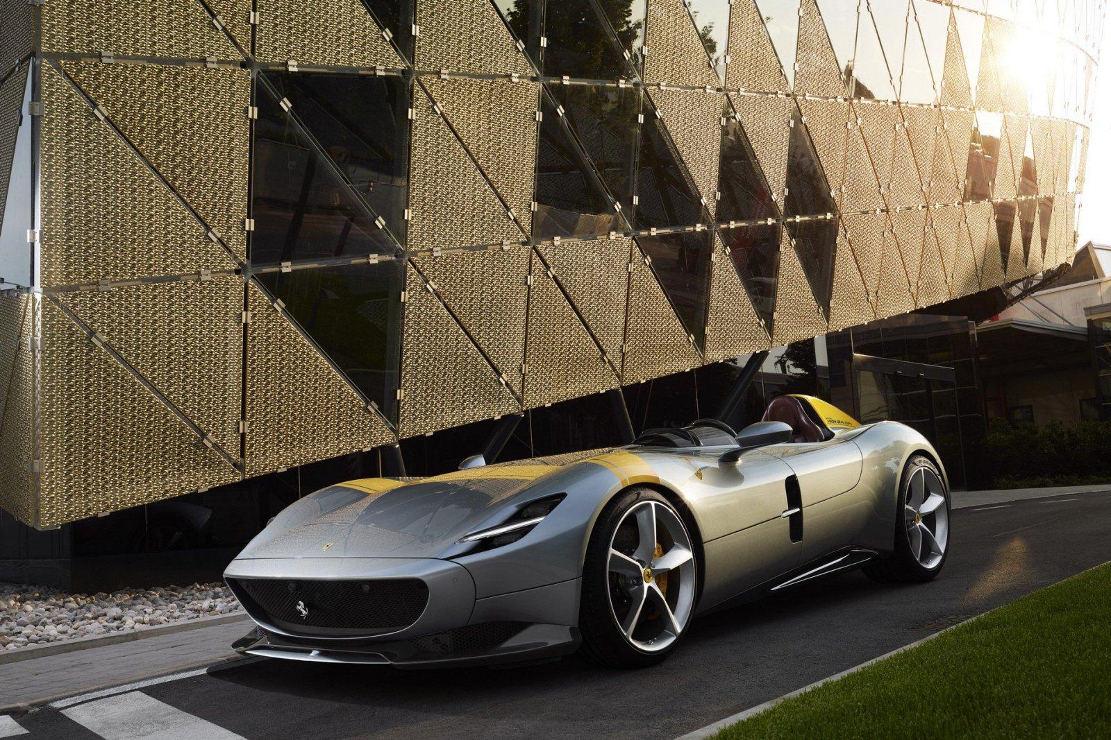 Ferrari Monza SP1 a SP2, limitka s najsilnejším V12