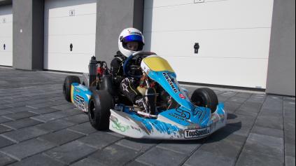 Matej Koník sa pripravuje na sezónu na motokárovej dráhe v Dlhej